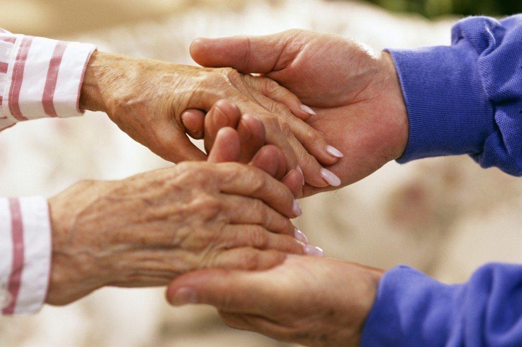 El  22%  de  las  cuidadoras  de  personas  mayores  o  dependientes  que  trabajan  en  Gasteiz  han  sufrido  algún  tipo  acoso  sexual  por  sus  jefes