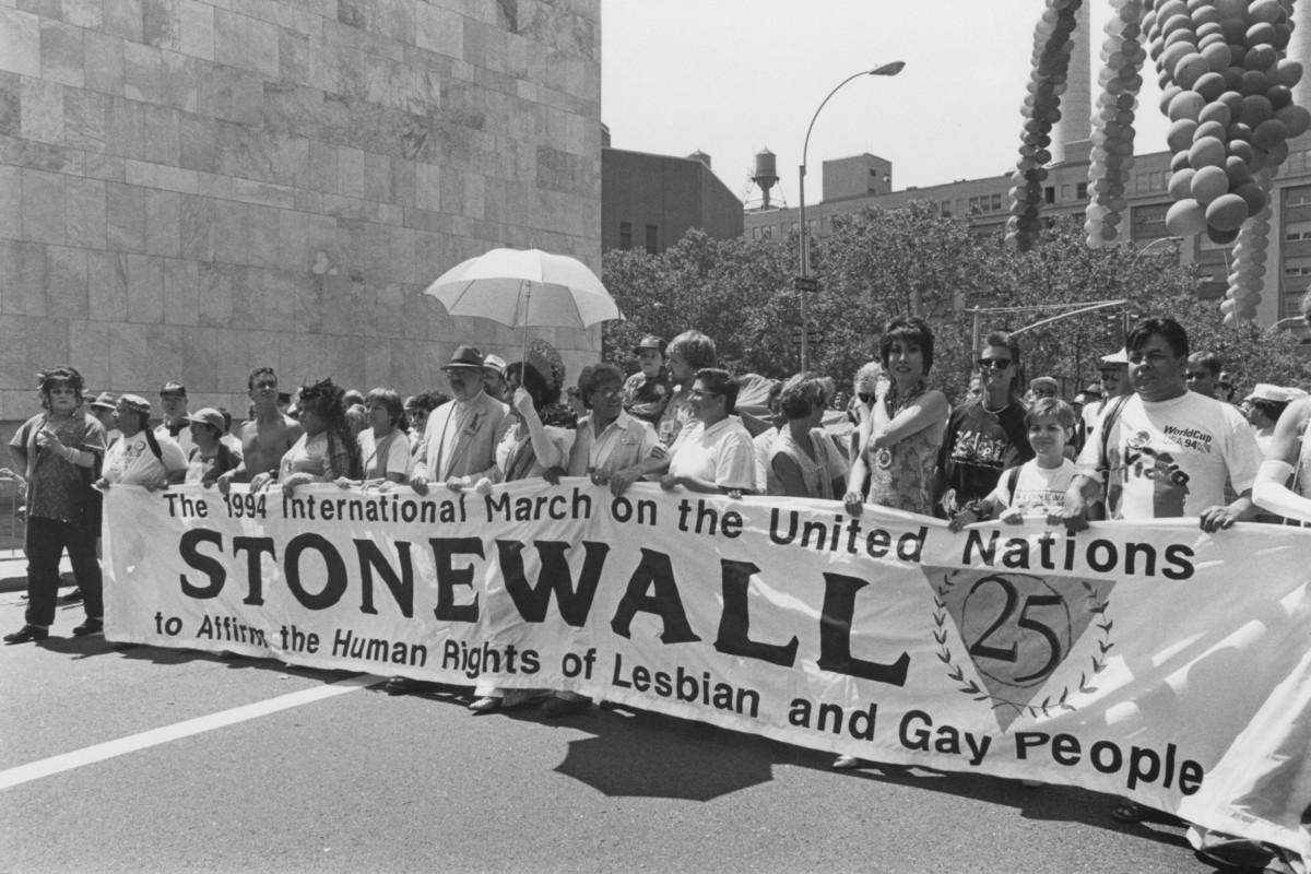 Stonewall  50  urte,  pride  gutxiago  eta  adreilu  gehiago