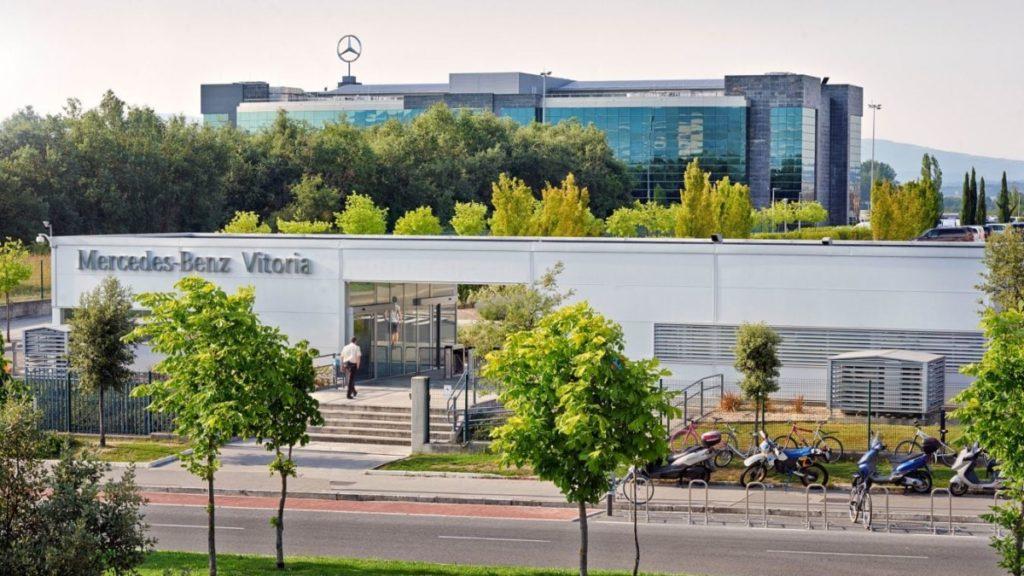 Nuevos recortes en la fábrica que Mercedes tiene en Gasteiz