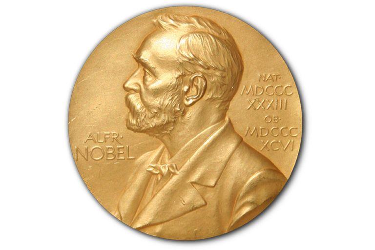 Zientzia  |  Nobel  saridunak  beti  bezain  gizon,  beti  bezain  zuri