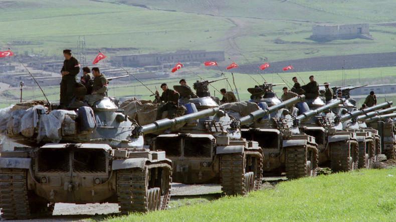 """Gorka Menendez: """"Siriako armadaren laguntza jasota, zalantzan dago kurduen proiektu politikoa, ikusteko daude bi hauen elkarbizitzako terminoak"""""""