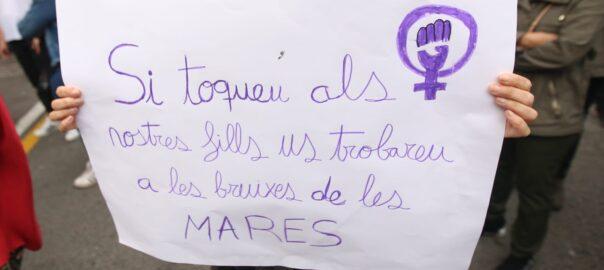 Catalunya | Madres en contra de la represión violenta