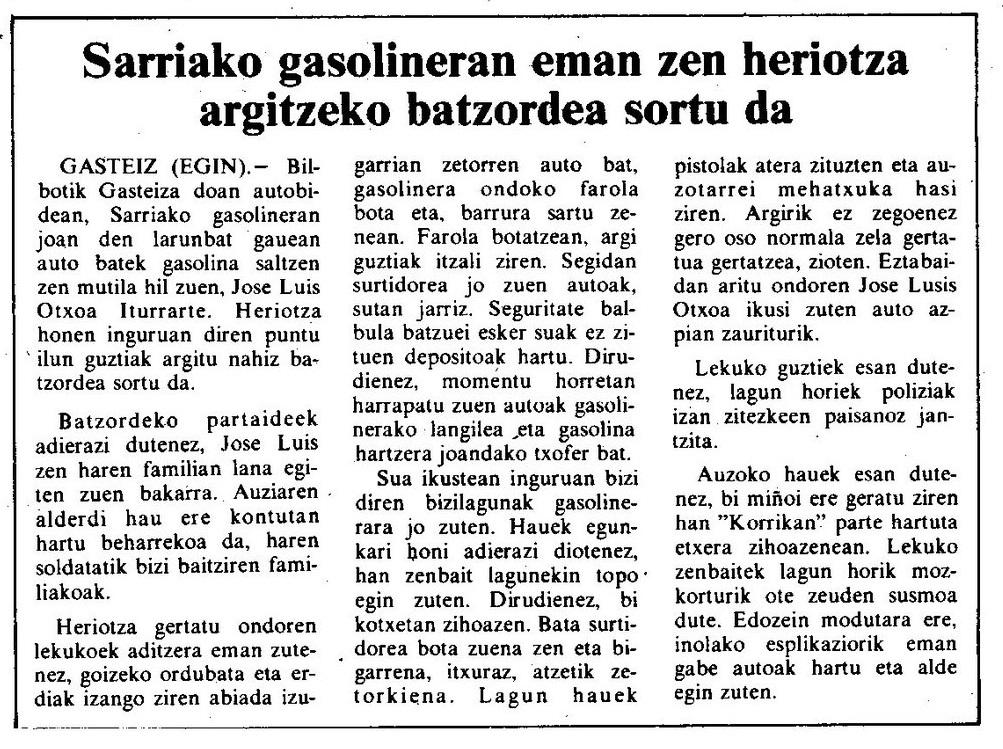 39 urte betetzen dira polizia auto batek harrapatuta Sarriako gasolindegiko langile bat hil zela