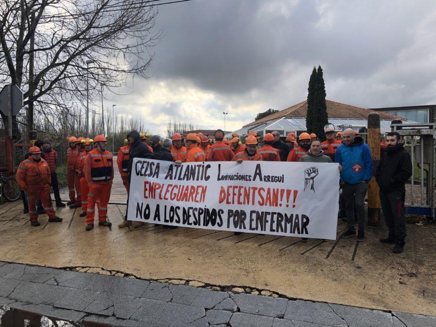 Gaixorik zegoen langile bat kaleratu du Laminaciones Arregui enpresak