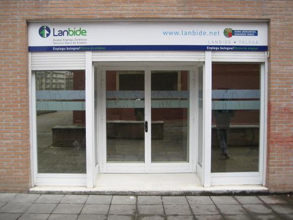 Lanbide comienza a retirar reclamaciones de pagos indebidos prescritos o caducados