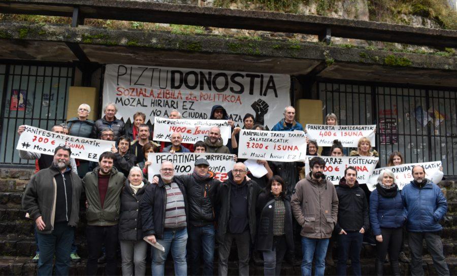 """Joseba Alvarez (Piztu Donostia): """"Donostian indartzen ari den hiri eredu turistikoarekin batera kritika sozialari ateak ixten ari zaizkio"""""""