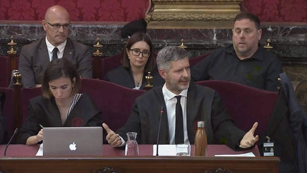 Kataluniako buruzagi independentisten aurkako epaiketa auzitan