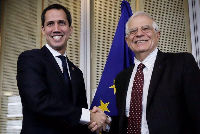 Urtebete Juan Guaidok bere burua presidente izendatu zuela