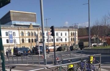 Militarización y policialización del discurso, las calles y nuestras cabezas