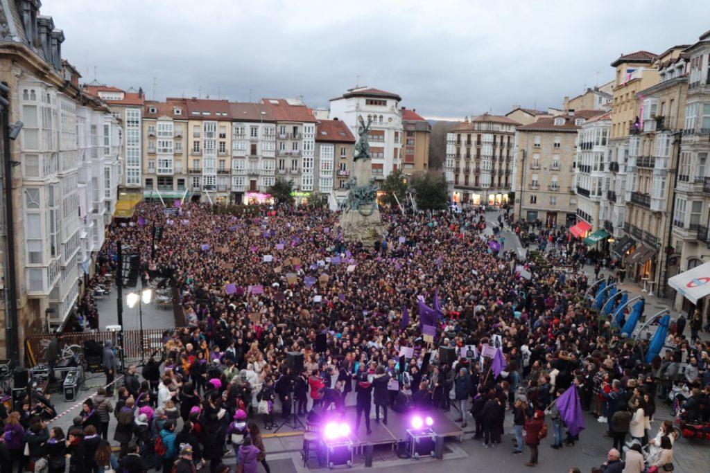 ARGAZKI GALERIA | Antolakuntza eta borrokarako deia egin du Mugimendu Feministak