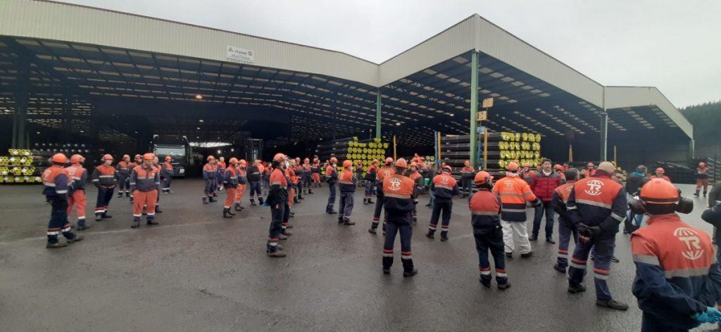 Paran las trabajadoras de Tubos Reunidos en Amurrio
