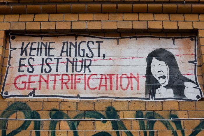 Alemania| Koronabirusarekiko jarrera, batetik, eta gentrifikazioa, bestetik