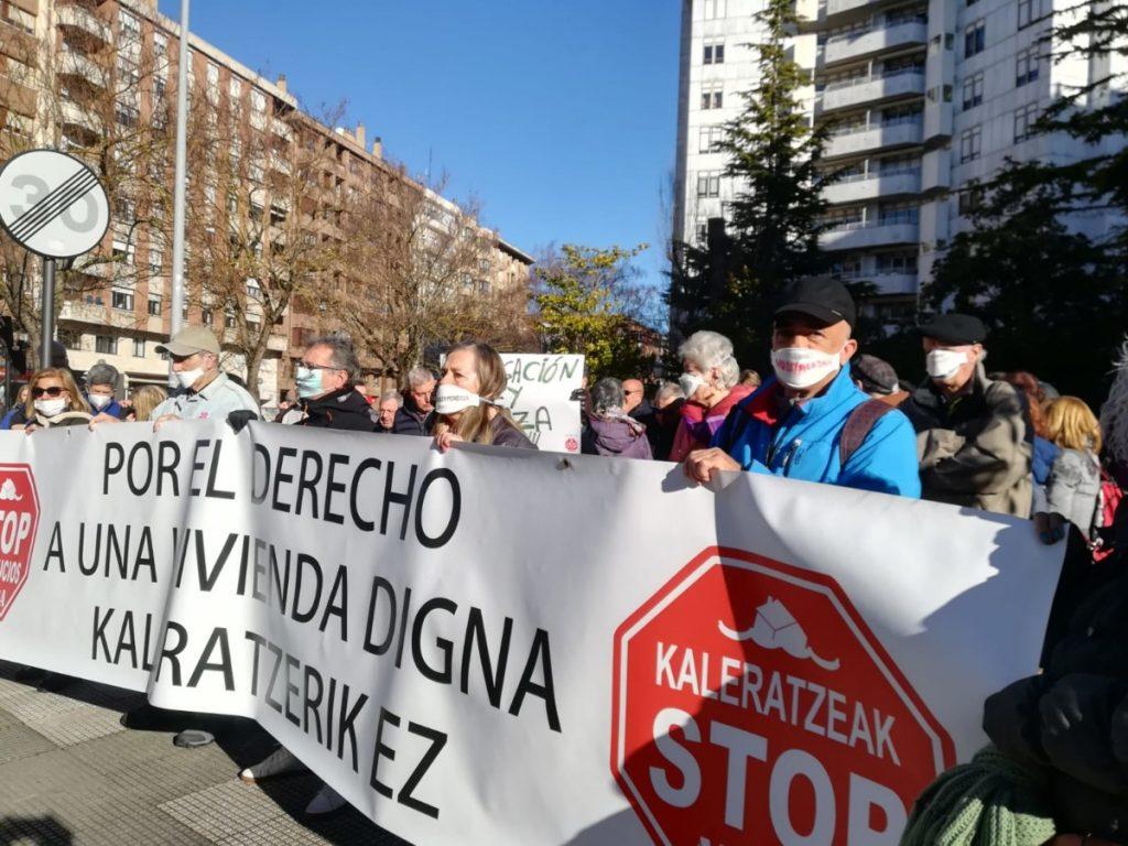 Eusko Jaurlaritza zigortu dute 2016ko kaleratze batean «Mozal Legea» aplikatzeagatik