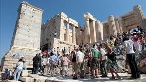 Grezia| Turistak bueltan eta Turkiak Grezia militarki erasotzeko plana