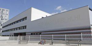 """""""Nos quitan la plantilla cuando más la necesitamos"""": La escuela de Mariturri denuncia"""