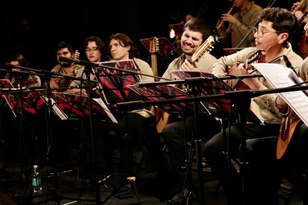 Txile Berezia: Orquesta Andina, Camila y Silvio, Evelyn Cornejo…