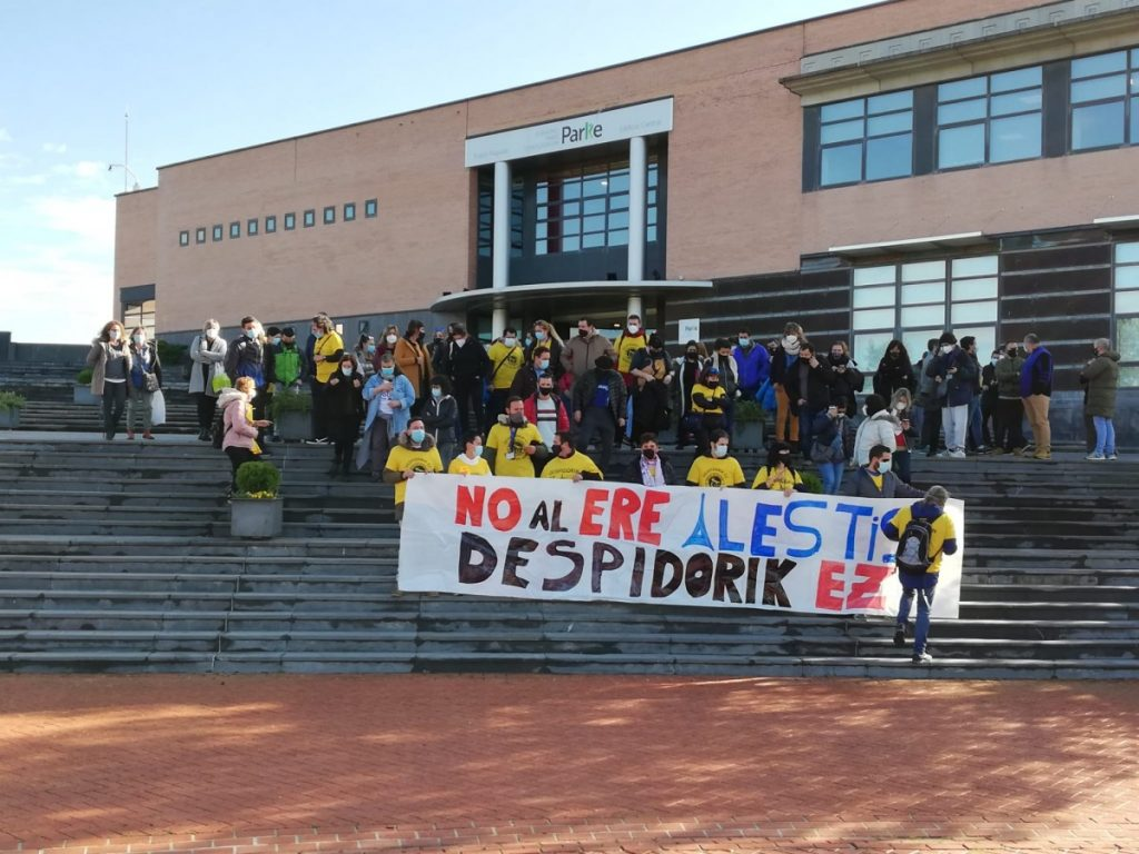 Las trabajadoras de Alestis denuncian el boicot por parte de la Ertzaintza contra una de sus acciones
