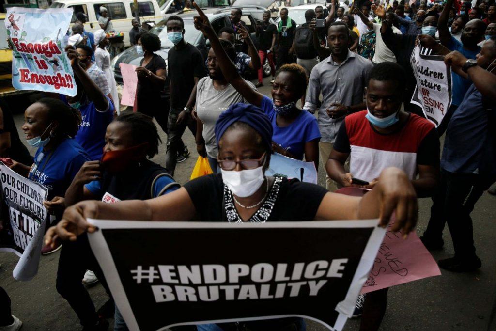 Nigeriako egoera, torturak eta estorsioa
