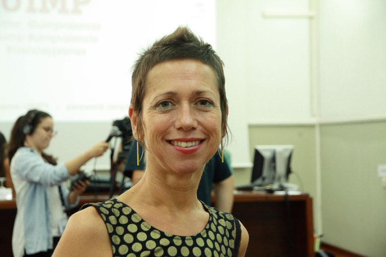 Zientzia | Ana Galarraga: «klima larrialdia eta biodibertsitatearen galera dira COVID-19aren ondorioak eragin dituztenak»