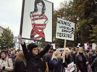 Polonia | Decisión de cambiar la ley del aborto, gota que ha colmado el vaso