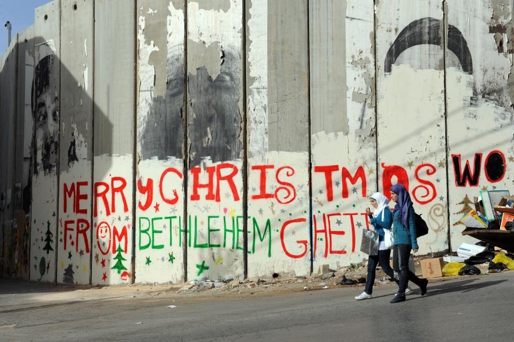 385 Maria Landi:«Israel lleva a cabo una política de recambio en la composición demográfica de la población cristiana palestina sustituyéndola por cristianos extranjeros afines al sionismo».