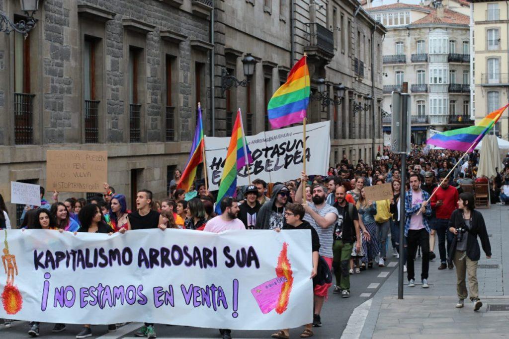 Urtaranen Gobernuak LGTBI atalaren %70a murriztu nahi du Gasteizko aurrekontuetan