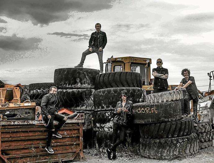 La Excavadora taldearen estreineko lana