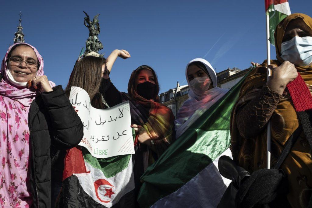 Hizki larriz idatzitako kaleko HISTORIA : Sahara libre!