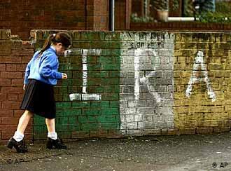 Hizki larriz idatzitako kaleko Historia: Irlanda
