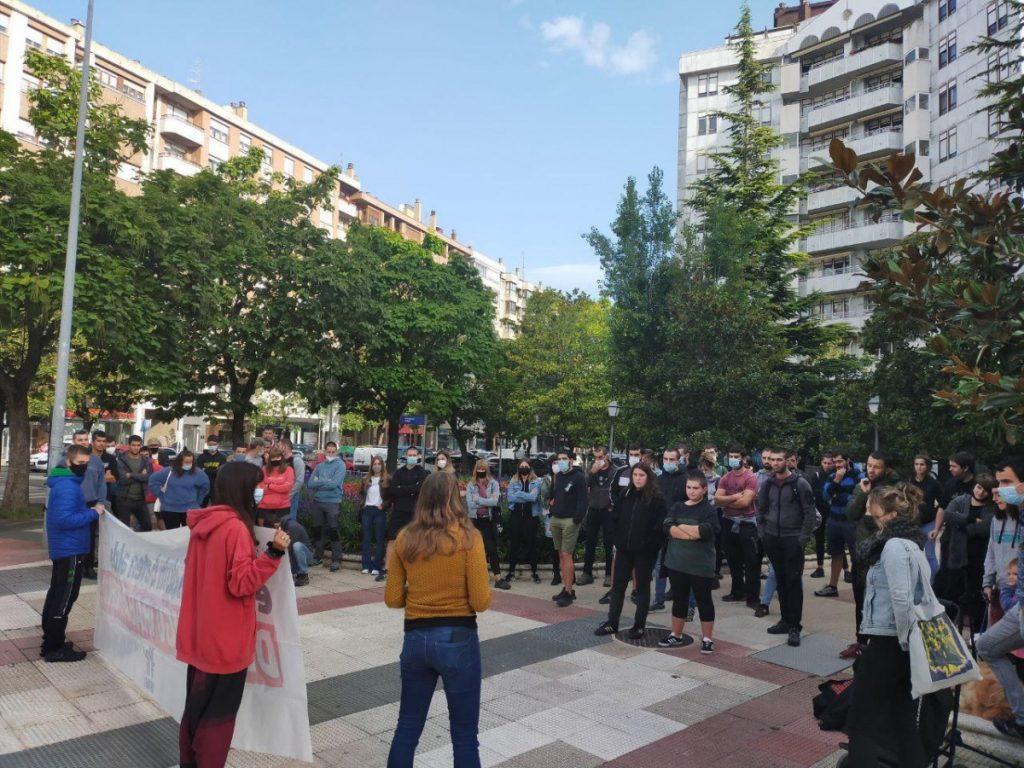Ernaiko kide batek Gasteizko Epaitegian deklaratu du, maiatzaren 7ko mobilizazioen harira
