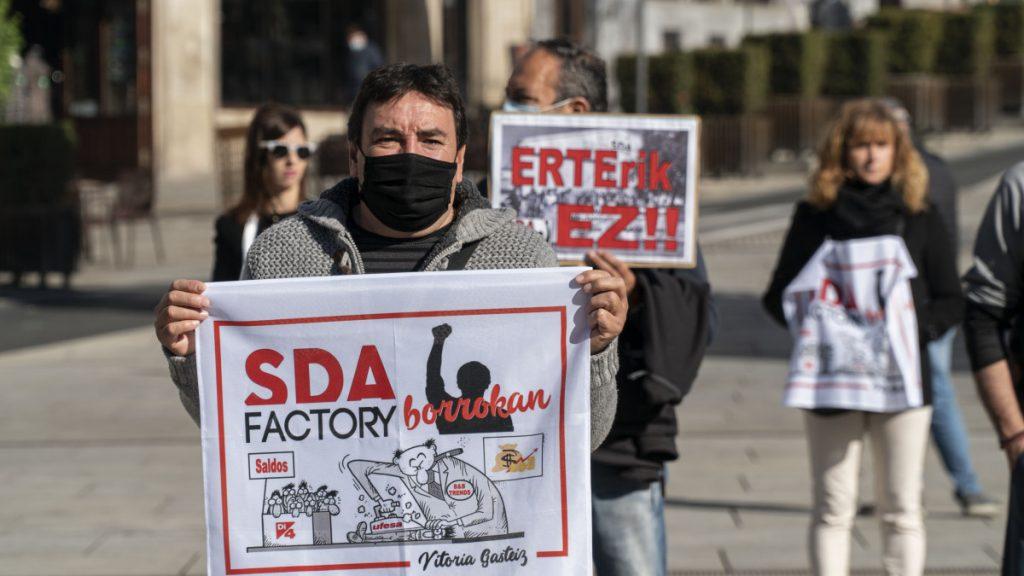 HALA BIDEO | La plantilla de SDA Factory se ha movilizado por un empleo digno y una negociación sin chantajes