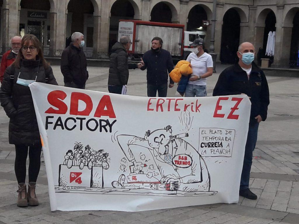 """SDA Factory-ko langile batzordeak """"konpromisoa"""" eskatu dio Udalari"""